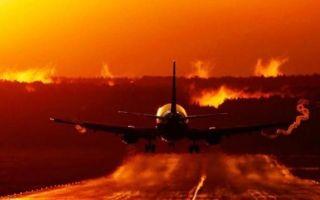 Скорость пассажирского самолета: при взлете, посадке, максимальная, средняя