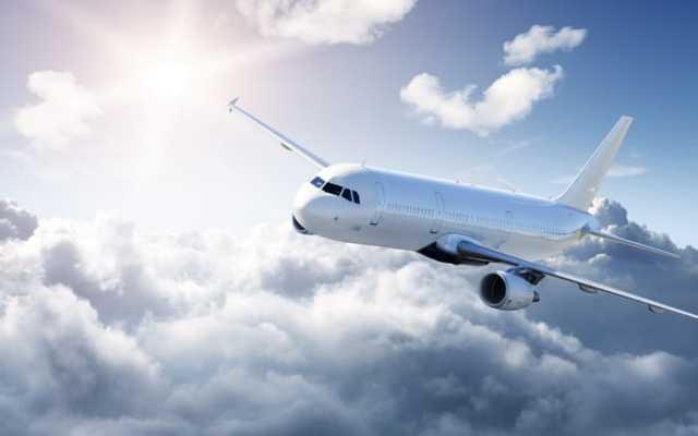 Почему самолеты летают а крыльями не машут