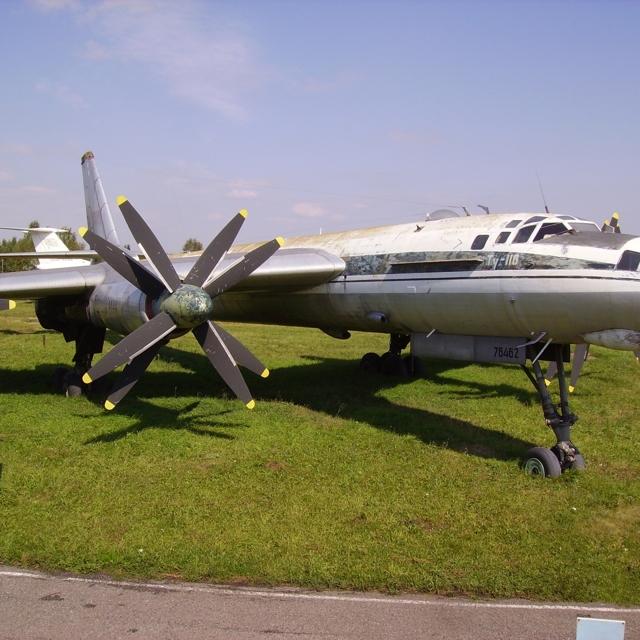 Самолет Ту-116: фото салона