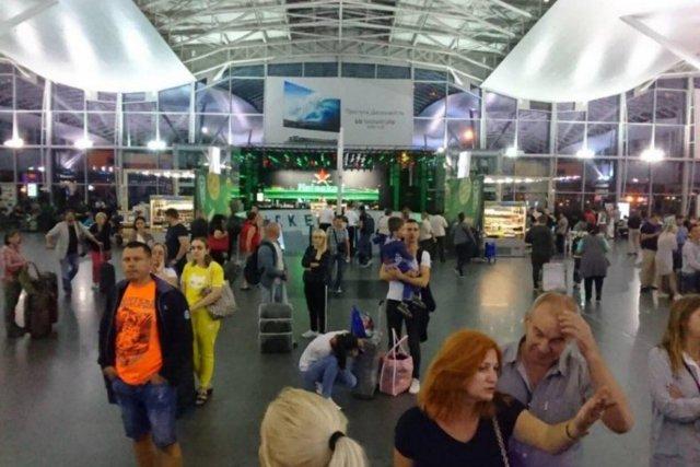 Аэропорт Жуляны на карте Киева