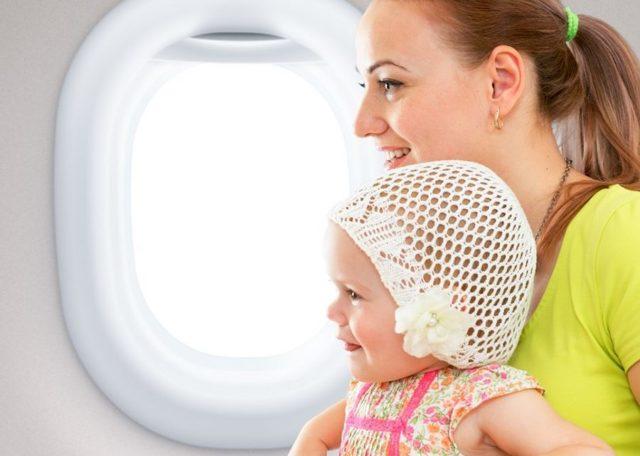 Детское питание в самолете: правила перевозки
