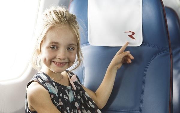 Правила перевозки детей в самолете по России