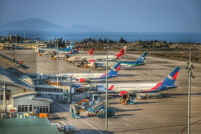 Междунароные аэропорты Вьетнама: Нячанге, Фукуок, Камрань