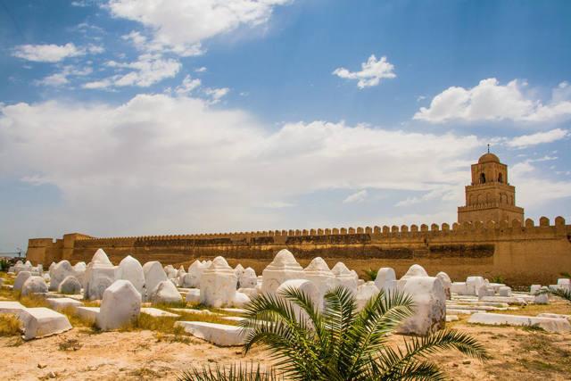 Когда лучше ехать отдыхать в Тунис