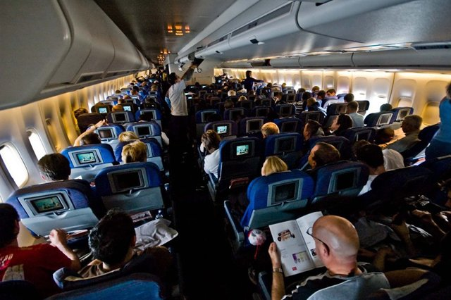Как узнать список пассажиров на рейс самолета