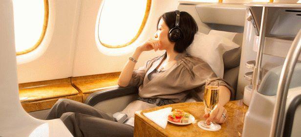 Почему в самолете отекают ноги