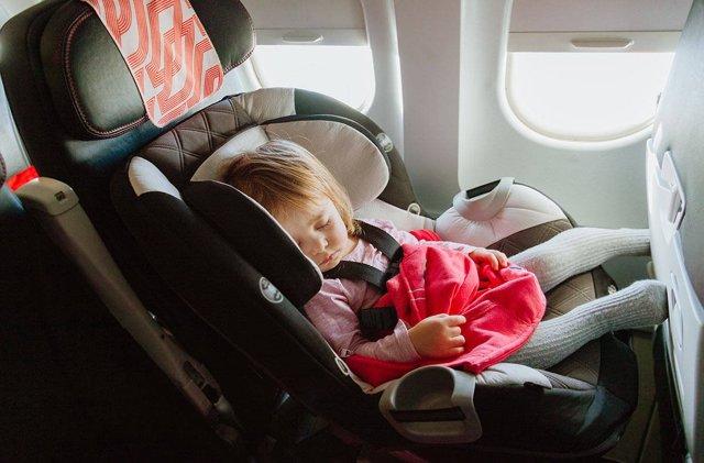 С какого возраста можно летать с новорожденными