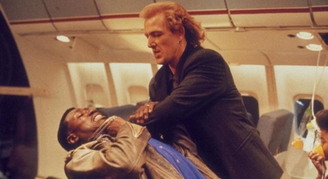 Фильмы про крушение самолетов: список