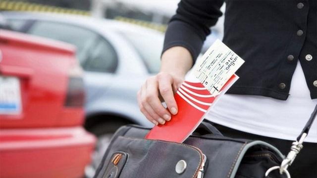 Как сдать билет на самолет и сколько тереяешь на этом