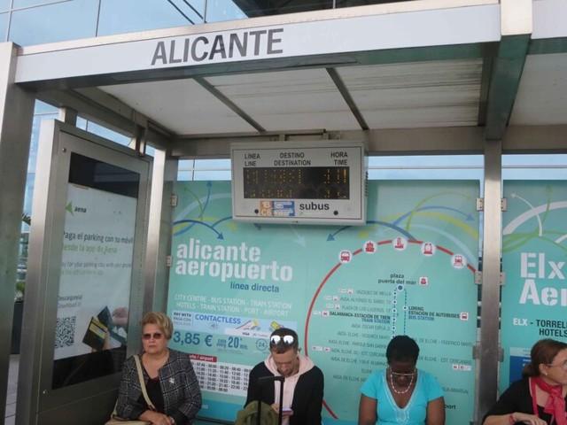 Как добраться из аэропорта Аликанте в Аликанте