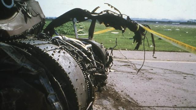 Выжившие после крушения самолета