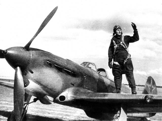 Самолет Як-1: фото истребителя