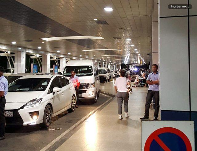 Аэропорт Коломбо Шри-Ланка: как добраться до города