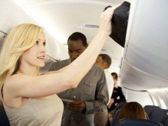 Можно ли провозить фен в ручной клади в самолете