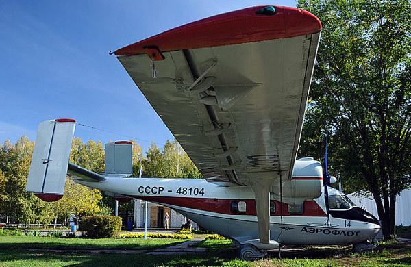 Самолет Ан-14