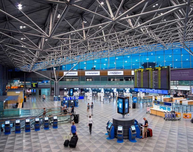 Трансфер в аэропорт Хельсинки из СПБ