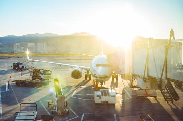 Что делать, если задержали рейс на самолет