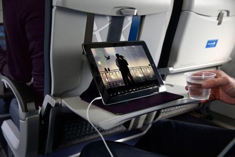 Можно ли брать планшет в ручную кладь в самолет