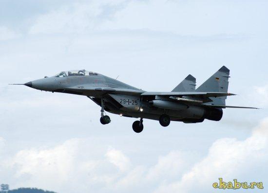 Полет на Миг-29 в стратосферу
