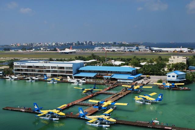 Название аэропорта на Мальдивах
