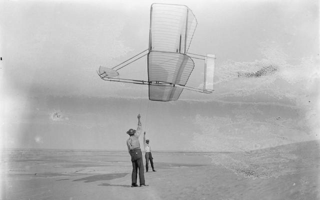 Первый полет человека на самолете