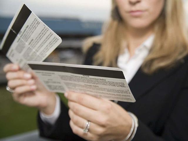 Как пользоваться электронным билетом на самолет: как выглядит, нужно ли распечатывать