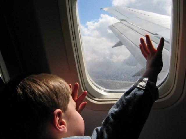 Как отправить ребенка одного на самолете без родителей