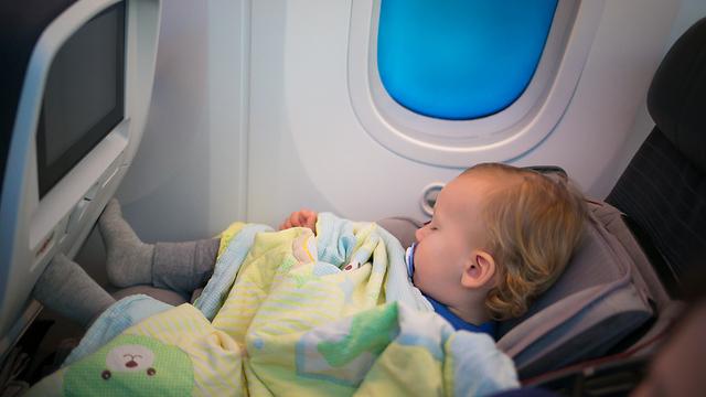 Почему ребенок родившийся на борту самолета получает пожизненное право на бесплатные перелеты