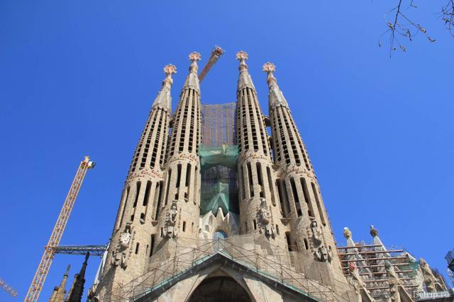 Сколько лететь до Барселоны из Самары