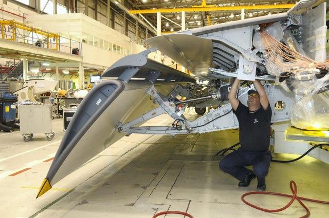 Из чего делают самолеты (металл)
