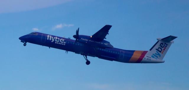 Самолет bombardier dash 8 q400: фото, характеристики